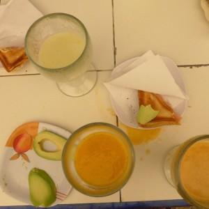 today's breakfast #breakfast #galore #smoothie #fresh #felixfranzferdinand #kitchen #people #lifestyle