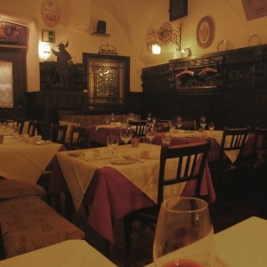 griechenbeisl - oldest restaurant in vienna. #griechenbeisl #wienerschnitzel #bröselteppich #vienna #wien #travel #travelling #foodart (hier: Griechenbeisl)