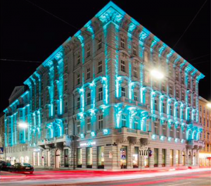 With this beautifully designed @MotelOne how can you resist visiting us in #vienna ? @downtownvienna