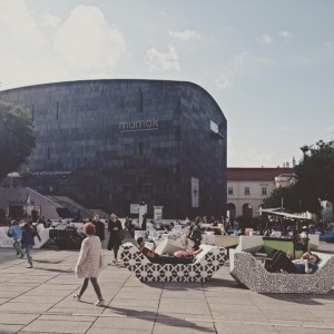 #summer #euroarts #eurovision #vienna #museumsquartier #quartier21 #relax #wienerfestwochen #wien #streetart MQ – MuseumsQuartier Wien