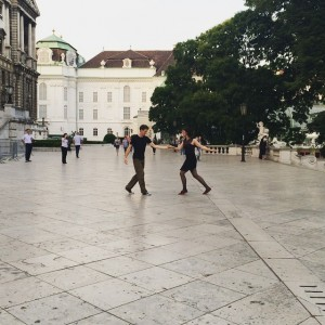 Dancing Lindy hop in the park 💕 Burggarten