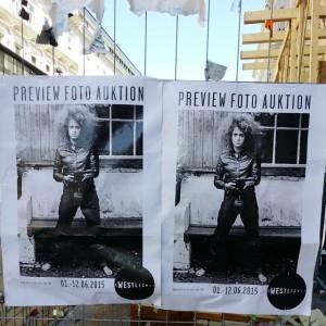 #Genitalpanik Motiv von #VALIEEXPORT wieder in Wien plakatiert. Diesmal als Auktionswerbung.