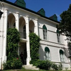 Das Geymüllerschlössl in Wien-Pötzleinsdorf wurde im 19. Jahrhundert ob der ausschweifenden Feste auch Verschwender-Villa genannt. #igersvienna #igersaustria...