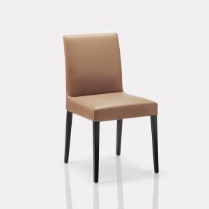 Nils – это коллекция стульев. Коллекция является прекрасным примером того, как можно добиться максимального комфорта при минимальных...