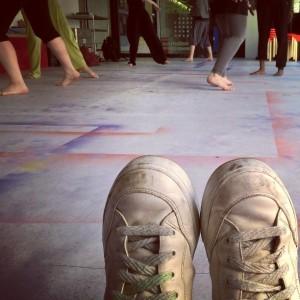 Liebe Grüsse, die Füsse! #werkstattpassage #festwochen15 #makingdance #kettlynoel