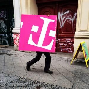 walking T. #naunynstraße