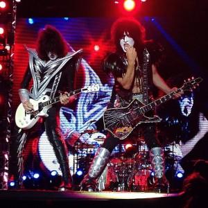 Finale beim #rockinvienna mit den legendären #Kiss #riv2015 #rock in #vienna #kissband Donauinsel