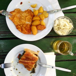 #heuriger #byebyevienna #nutrition #austrianblogger #blogger #instafood #austria #vienna #sommer #wein #austrianblogger #blogger Heuriger Zawodsky