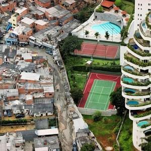 Tuca Vieira, Paraisópolis #favela bordering the affluent district of Morumbi, #SãoPaulo, 2008 © #TucaVieira Part of the...