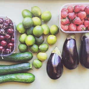 All this delicious goodness for 5€ only! I love my multicultural neighborhood with it's fresh markets! #meiselmarkt...