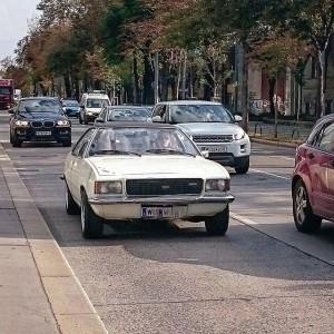 #opel #oldtimer #carlife #carporn #Supercar #sportcar #vienna #wien #austria #whitecar #gürtel Währinger Gürtel