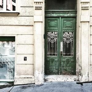 #viennese #door #streetsofvienna #viennadaily #viennaonly 💚 Dürergasse