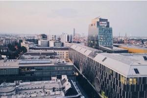 #Hilton #Vienna #hiltonampark #topfloor# #top #floor #suite #view #wien #prater #skyline #landstrasse #stadtpark #architecture #cityscape #city #highrise...