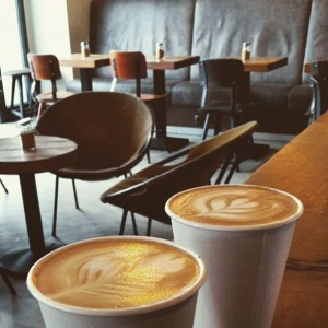 #cafejonasreindl #jonasreindl #igersvienna #specialtycoffee #thirdwavecoffee #thirdwave #coffee #coffeeculture #coffeeaddict #coffeeobsession #coffeeporn #coffeelover #coffeetime #cappuccino #caffelatte #latteart #tulip...