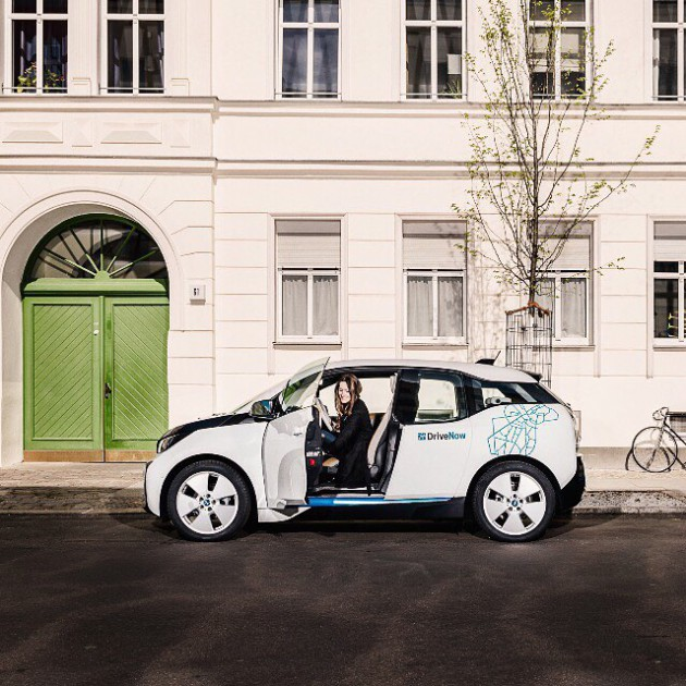 Null Emission, jetzt auch @drivenow_carsharing. #BMWAustria #i3 #urban #eMobility