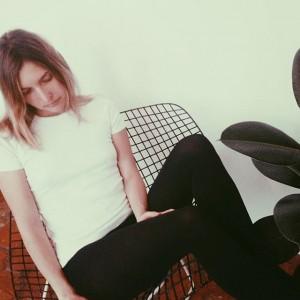 Opaque tights for fall! @lucilliachenel wearing the Mat Opaque 80. #wolfordtights #matopaque80 #wolfordfashion #luxury #tights #legwear #fashion...