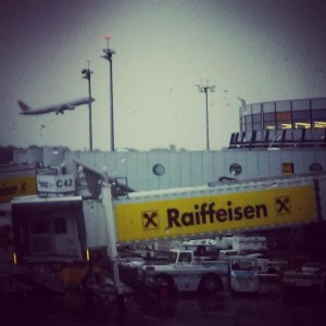 A very warm welcome and goodbye from #raiffeisen awaits you at Vienna International Airport. #hallowien #rcnoew #welcomeback...