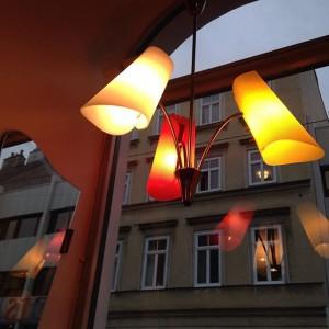 hängelampe von nikoll leuchten #1950s #lamp #vintagedesign #50er #60er #midcenturymodern #rockabilly #fifties #design #retro #vintage #kettenbrückengasse #vienna
