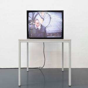 last week of #curatedby #curatedbyvienna @emanuellayr #heimozobernig Videoedition für @textezurkunst #textezurkunst 1991