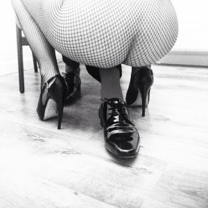 #ass #shoes #lookingforsomething #heels #fishnetstockings #feet #erotic #friends #cosyhomesweethome #blackandwhite #wolford #dior #elogisch #wedontgiveafuck