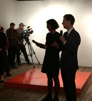 Curator Robert Punkenhofer and Ursula Maria Probst speaking about the art in the exhibition of #creatingcommongood #commongoodkunsthauswien...