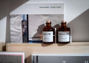 Auslage in Arbeit - #WienerFlaschengeister gibts jetzt auch bei #LiaWolf #Sonnenfelsgasse 1010 #Wien Lia Wolf - photo,...