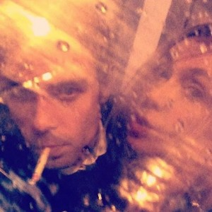#rainy #umbrella #moments #friends #fun #nightout #vienna #instamoment #immerwiedergehtdiesonneauf #davongehtdieweltnichtunter #wedontgiveafuck #rain #smoke #gay #fun #tuesday #vienna...