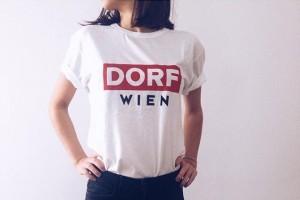 #neu #dorfwien #dorf #wien #viereck #top #tshirt #boyfriendlook #wienisteindorf #wienerin #wiener #rot #red #madeinvienna #handmade #handgemacht Badeschiff...