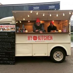#merrychristmas #streetfood #museumsquartier #burgerlove #nastyburger #britishlucy #vegetarianwelcome #igersvienna