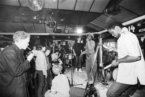 #Konzert in der Wiener #Disco #U4 1982 Photographie von #NoraSchuster. #wien #österreich #U4_Vienna #diskothek