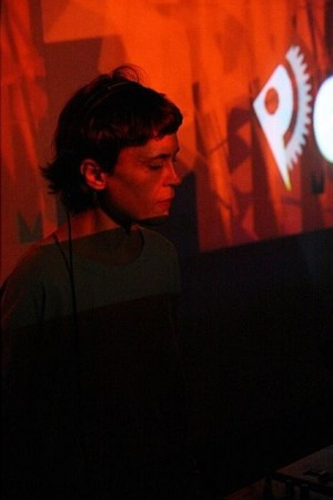 Electric Indigo. #soundframe2007 #retrospective #10yearssoundframe #festival #vienna #wien #soundframe #wecounttoTEN #2007 #art #audiovisual #live #ElectricIndigo Vienna Künstlerhaus