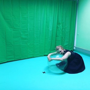 princess antoinette a.k.a. Julia Fuchs in Oasis - we will treat you good, installation and performance, Eva...
