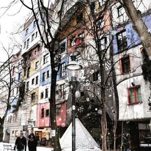 Hundertwasserhaus #домхундертвассера #nice pic from my beautiful client@borisovanna #vienna #guide #нестандартныеэкскурсииввене #владаникифорова #вена #венаавстрия #igdaily #igers #igaddict...