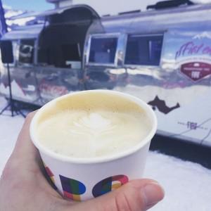 Dieses Wochenende sind wir zusammen mit illy am Hochkönig! Kommt, testet unsere Fiat 500 Familie im Schneeparcours...