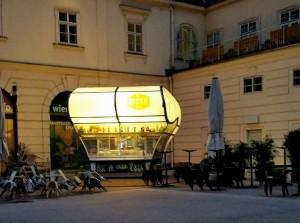 _ MQ - Kiosk #wien #vienna #austria #kiosk #igerswien #igersvienna #welovewien #zeigdeinwien #igersnbg #igersnürnberg MQ – MuseumsQuartier...