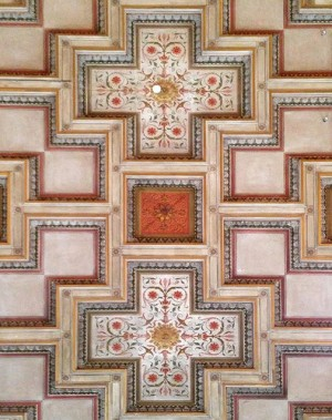#detail #ceiling #plafond #panelling #paneling #deco #decor #stucco #ornament #pattern #cross #symmetry #symmetrykillers #lighting #interior #design #interiordesign...