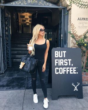 #HappyMonday! #coffeerun with @arikasato wearing her #JamaikaBody. #wolfordfashion #wolfordbodywear #luxury #fashion #styleblogger #arikasato #ootd