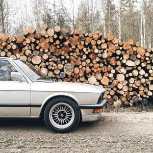 Knocking on wood. Thanks for the nice #BMWrepost, @sportfahrer! #BMW #5series
