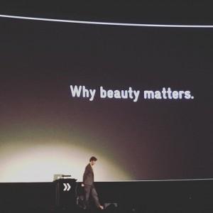 zur #primetime @stefansagmeister #wieichwill #vienna #viennayoubeautifulbitch #fastforwardfestival #communications #creativity #advertising #design Gartenbaukino