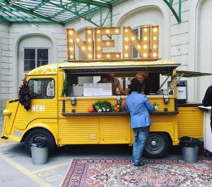 TAKE me to the @neni_food TRUCK 🍋🍋🍋 Take Festival