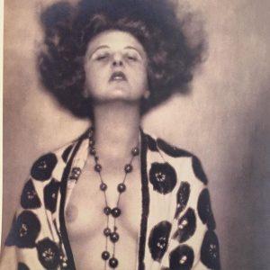 Atelier D'Ora, The Dancer (detail), 1923, silver gelatin print. @neuegalerieny #vienna1920 #madamedora #atelierdora Neue Galerie New York