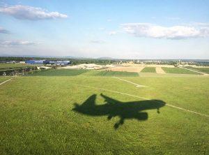 Coming in for landing #Vienna Flughafen Wien - Vienna Airport