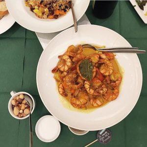 Das Ergebnis unseres Superfood-Dinners kann sich auf jeden Fall sehen lassen. 😋 Bloggerin @bowsessed haben die Riesengarnelen...