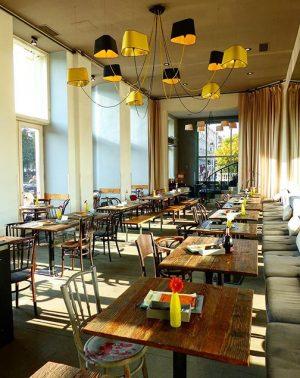Bring back the sun☀️ #cafefrancais 🇫🇷 CAFÉ FRANÇAIS
