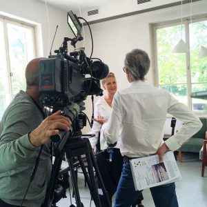 Francesca Habsburg im Interview mit dem ORF @tba21 @franticbornemisza @orf #francescahabsburg #tba21 #anarrivaltale #mariogarciatorrez Thyssen-Bornemisza Art Contemporary