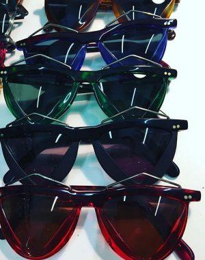 #robertlarochevintage #80ziger #fashioneyewear #sunglasses #fashion #vintage #pregenzerfashionstore #summer is around the corner #sunshine