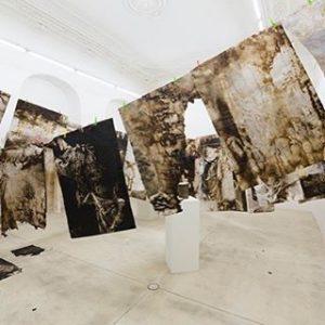 Christian Eisenberger At Galerie Krinzinger Showroom #christianeisenberger #diebergeschmiedensolangesieeisenessen