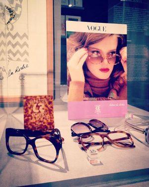Of course, I like the 70's glasses best... #robertlaroche #exhibition #retrospective #design #designer #vintage #sunglasses #glasses #lunettes...