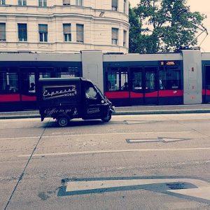 Auf zum nächsten Job🏍🏍🏍#coffeetogo #mobilcoffeeservice #coffeetime #espressomobil #espresso #cafemobil #coffeemobile Vienna, Austria