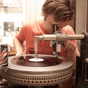 Give your relationship with #vinyl a boost and enjoy our vinyl workshop with your vinyl-affine friends: #workshop...
